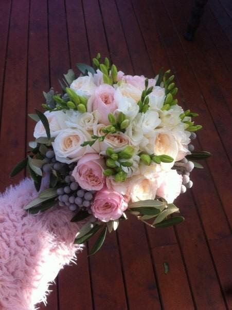 свадебный стильный букет невесты