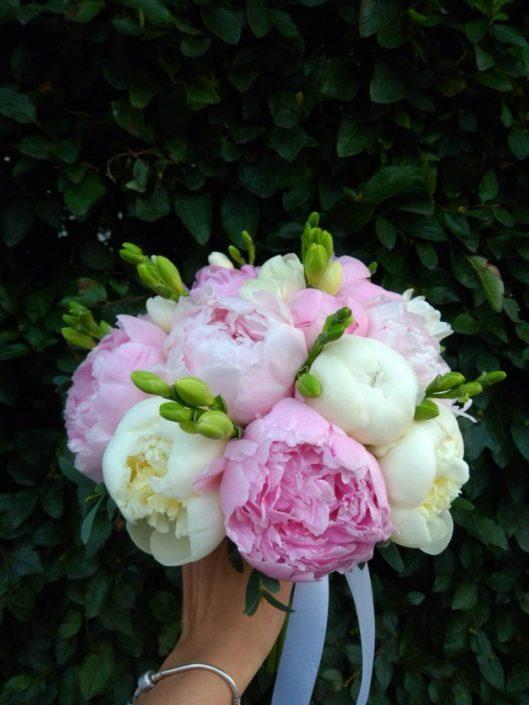 свадебный букет невесты 2018 букет из пионов